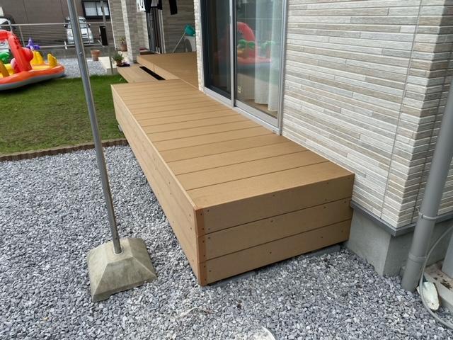 人工木材 ウッドデッキ 設置